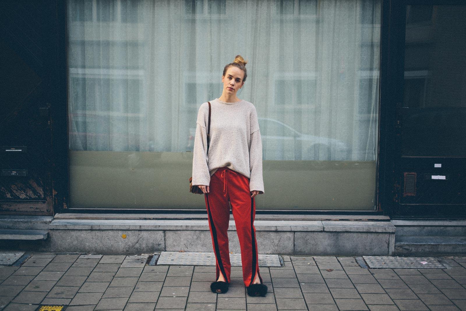 ruthvansoom-blackfurryslippers-sarenza-outfit-streetstyle-4